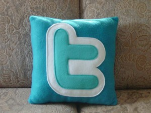 twitter-icon-pillow_2