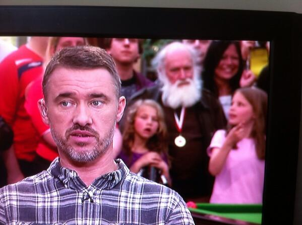 Albert shows Stephen how to rock the beard as small children stare in wonderment.